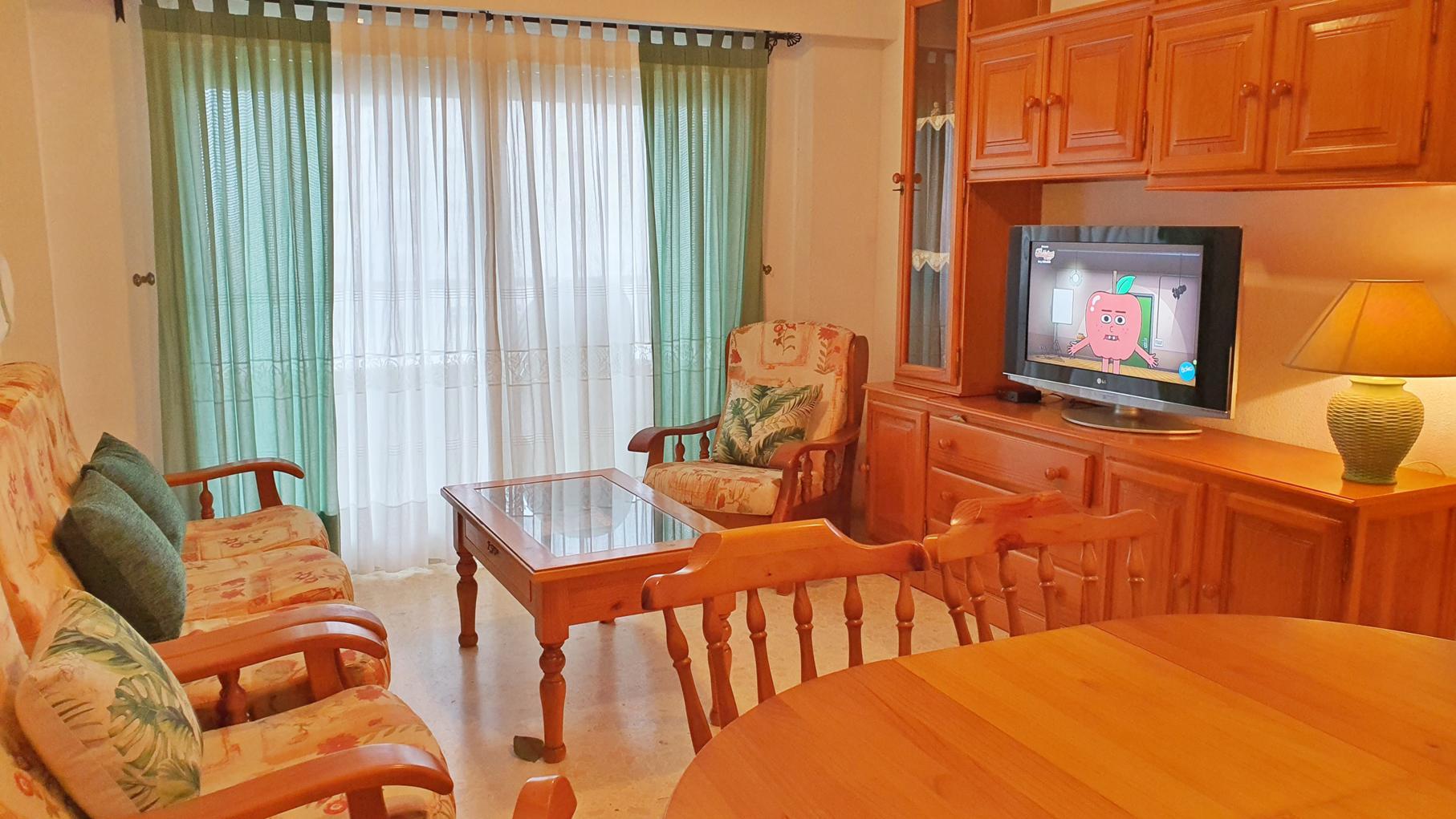 апартамент -                                       Gandia -                                       3 спальни -                                       6 человека