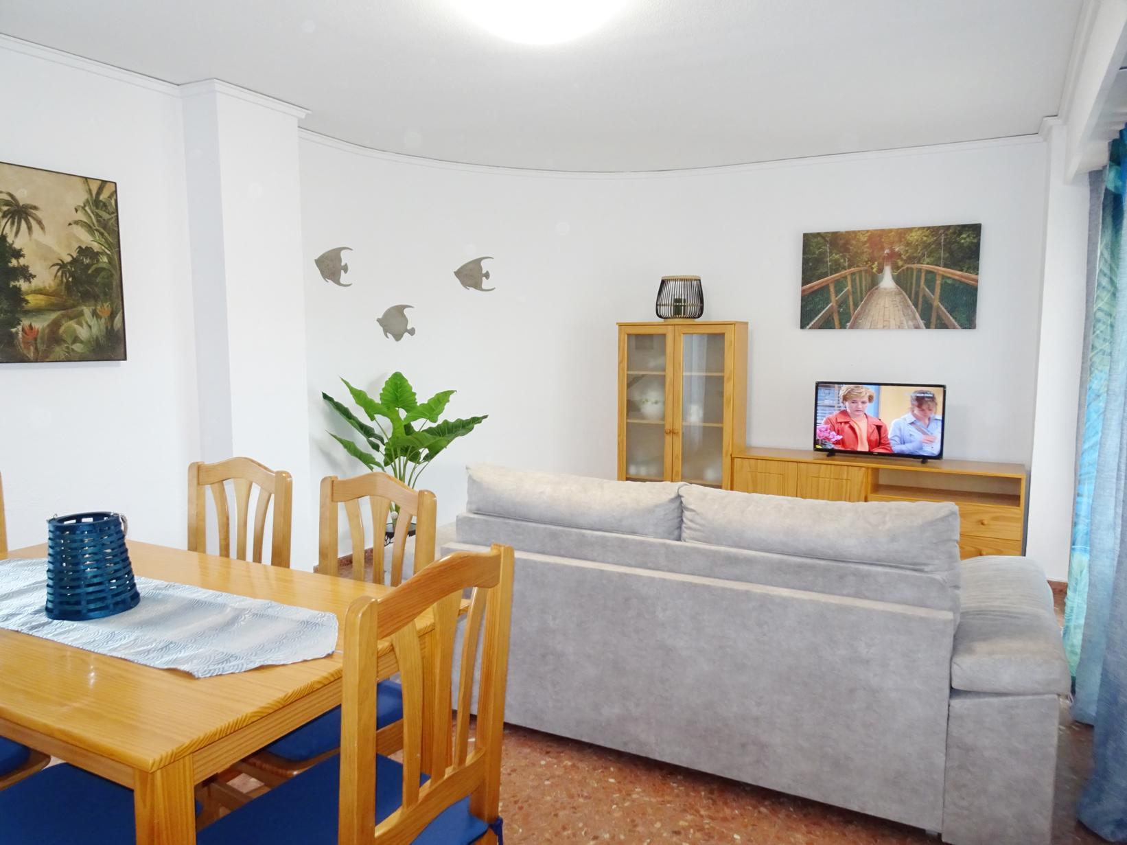 апартамент -                                       Gandia -                                       3 спальни -                                       7 человека